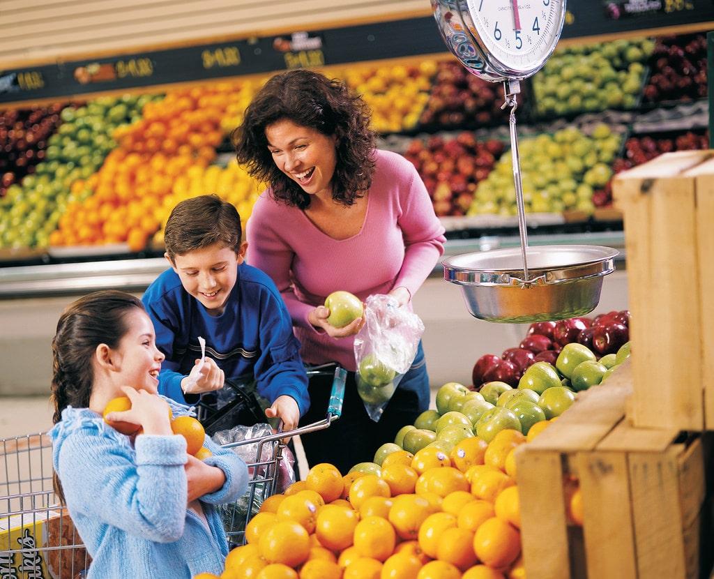 Nên lựa chọn những nơi bán hoa quả nhập khẩu uy tín, tin cậy